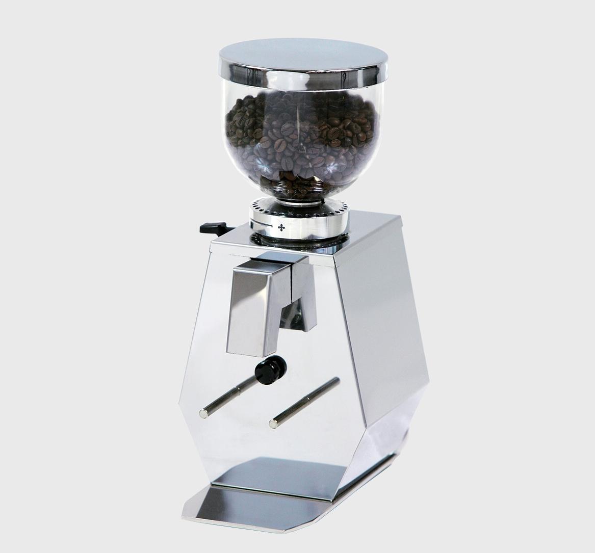 Mlýnek na kávu GTA